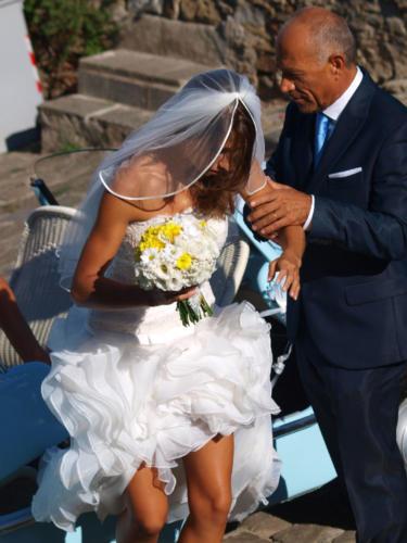 La sposa Carolina con il padre