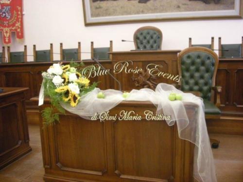 Il girasole per il rito civile a Grosseto